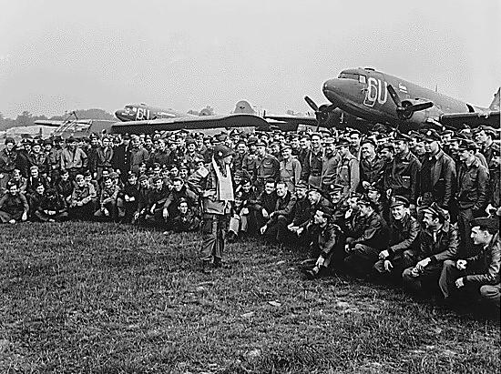 Pasukan Airborne 101 Amerika yang ikut D-Day