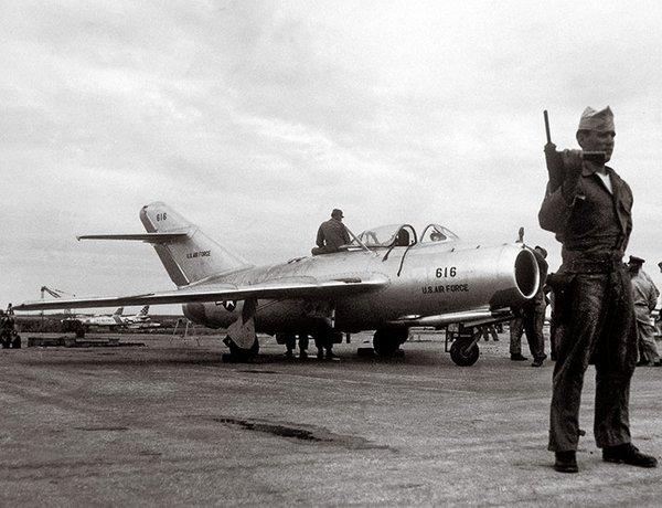 MiG-15 yang berhasil didapat Amerika
