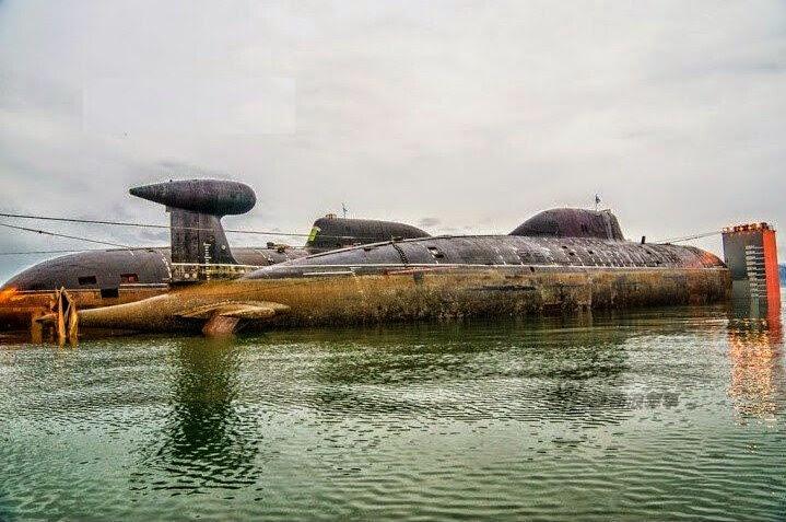 Russia To renovate mossy Akula submarine 2