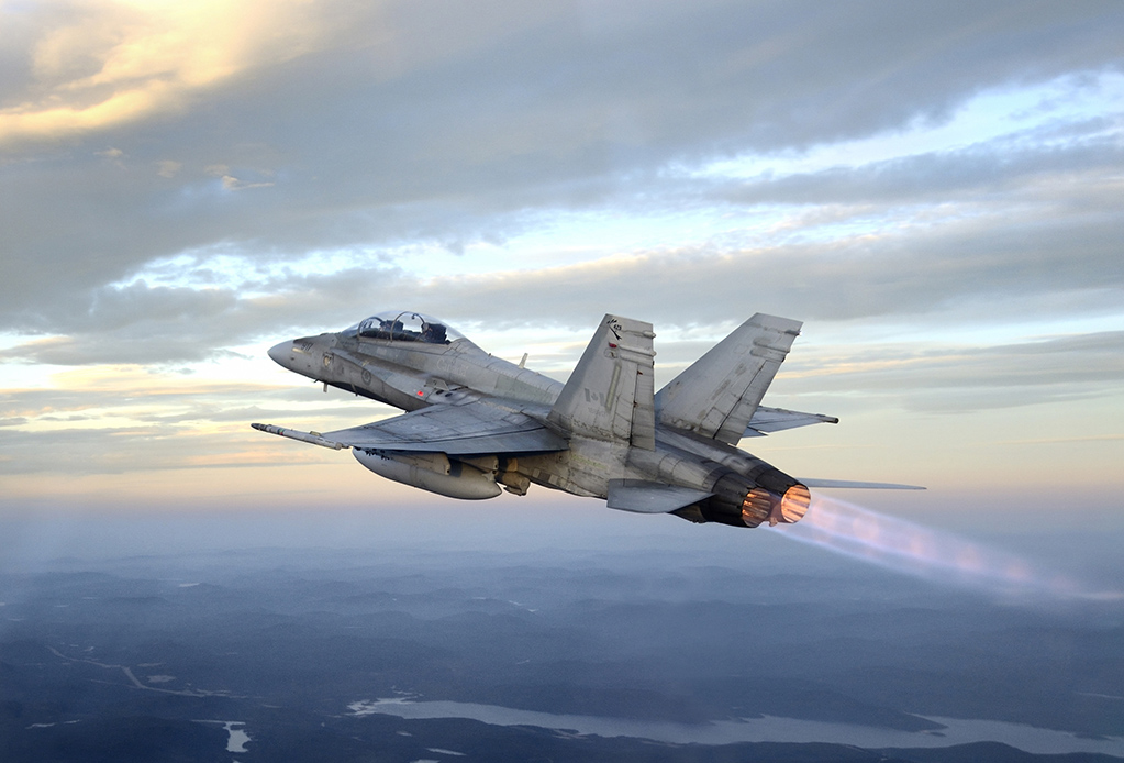 http://www.jejaktapak.com/wp-content/uploads/2014/09/CF-18-RCAF.jpg