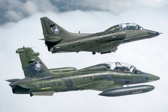 Douglas A-4K Skyhawks milik Draken International