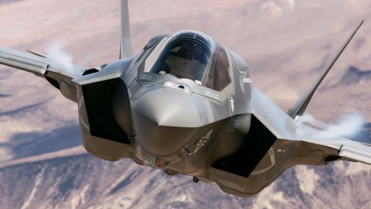 F-35 lebih menekankan pada multirole tempur bukan superioritas udara seperti T-50 dan F-22