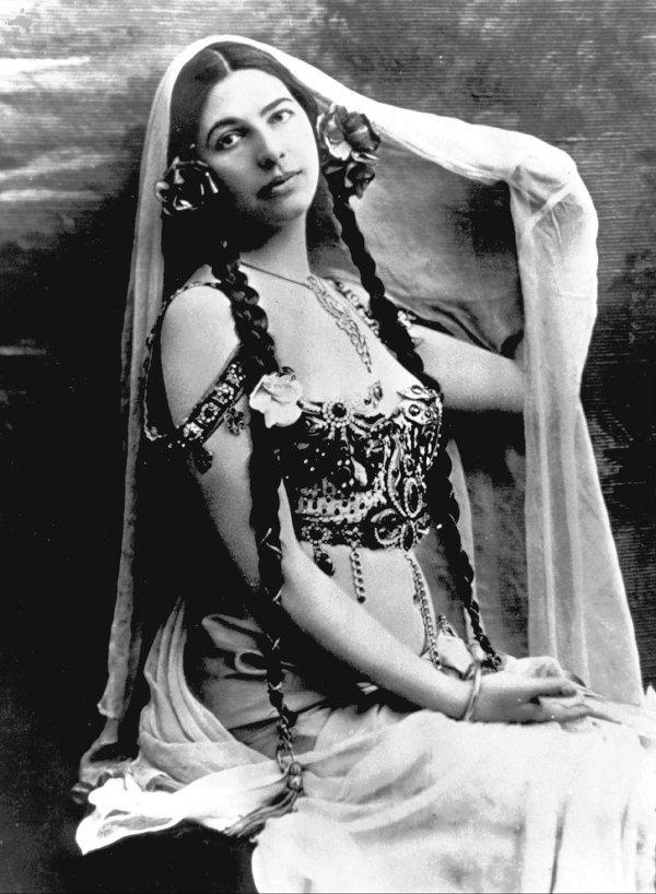 Sebuah potret Mata Hari.
