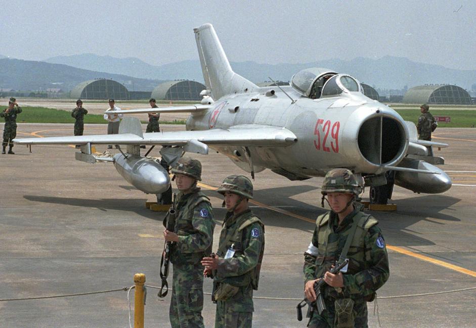 A Coreia do Norte ainda ama o antigo caça MiG-19