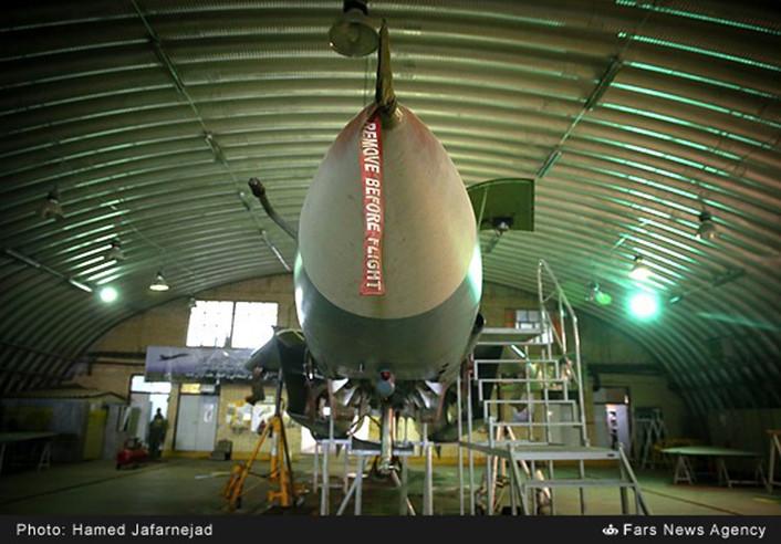 F-14-IRIAF-overhauled-3-706x492