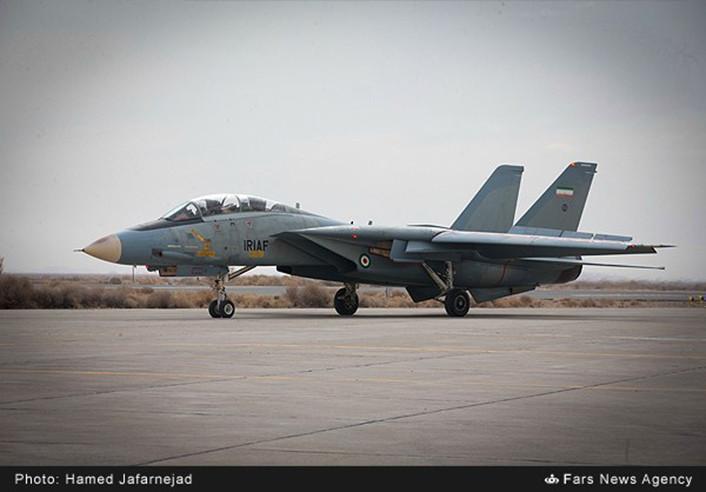 F-14-IRIAF-overhauled-7-706x492