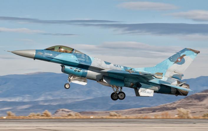 F-16N-Giovanni-Colla-706x445