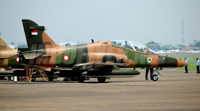 Hawk 100/200 TNI AU