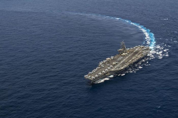 Kapal Induk USS Ronald Reagen