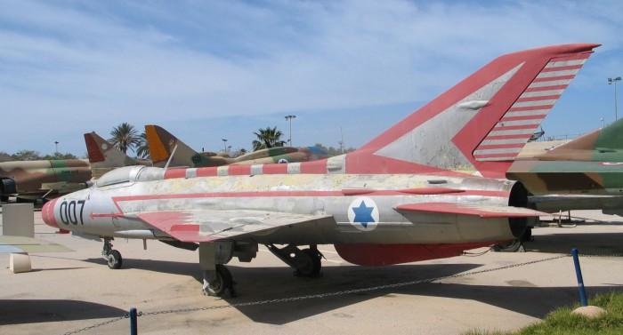 MIG-21F-hatzerim-2