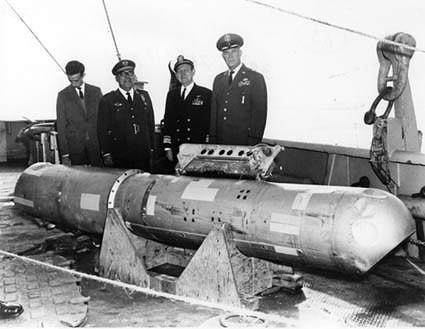 nuklir b-52