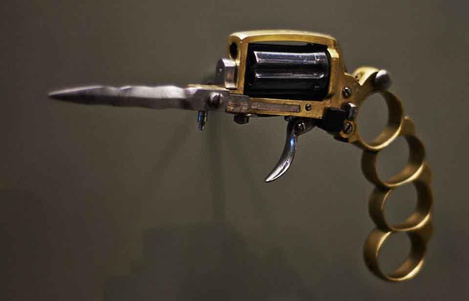 1-apache-pistol ok