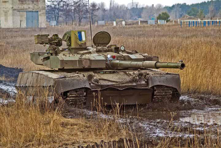 Ukraina di sisi lain terus mengembangkan T-80UD (varian bertenaga diesel) yang memunculkan varian terbaru T-84m.