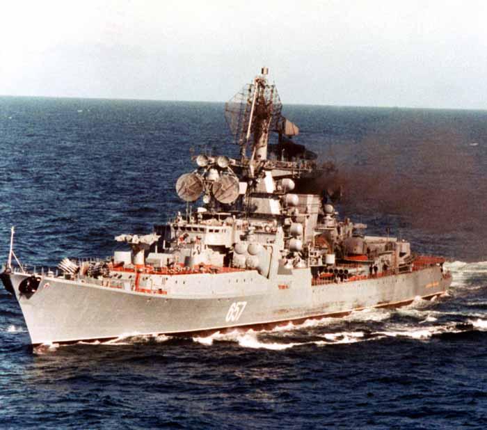 Admiral Yumashev, kapal terakhir dari 10 kelas Kresta II yang dibangun untuk Angkatan Laut Soviet.