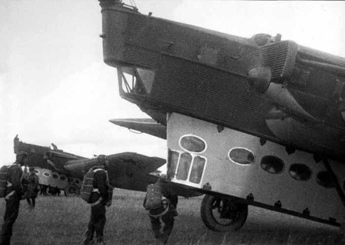 pesawat transportasi rusia 1