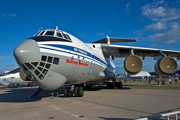 pesawat transportasi rusia 10
