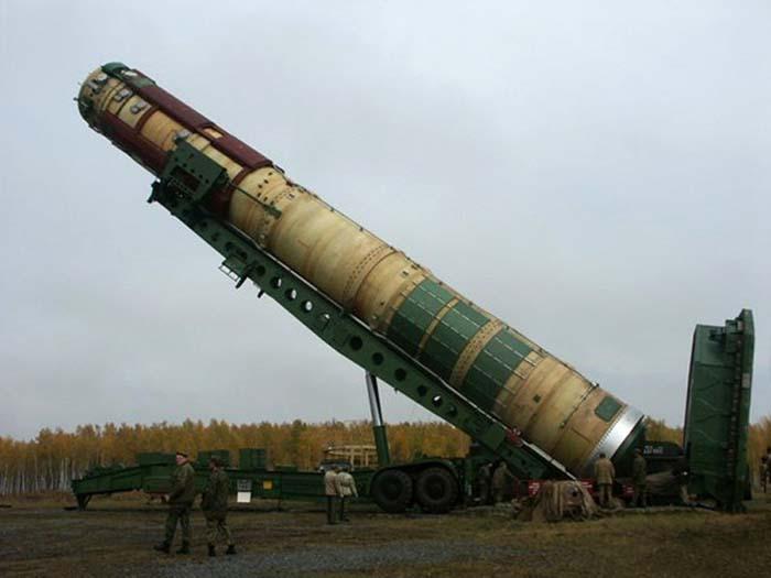 nuklir-rusia-voevoda