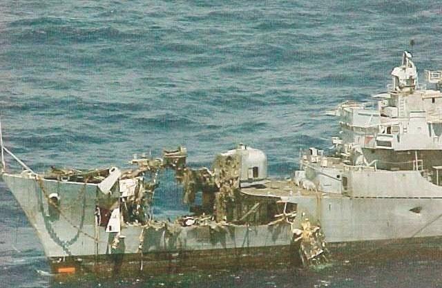 Kerusakan yang disebabkan oleh hantaman rudal anti-kapal