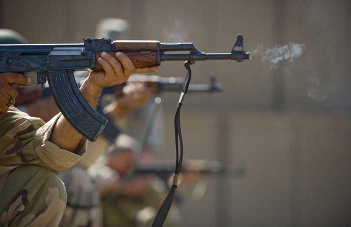 Dari Semua Sisi, M16 vs AK-47 Siapa Yang Lebih Baik? - Page
